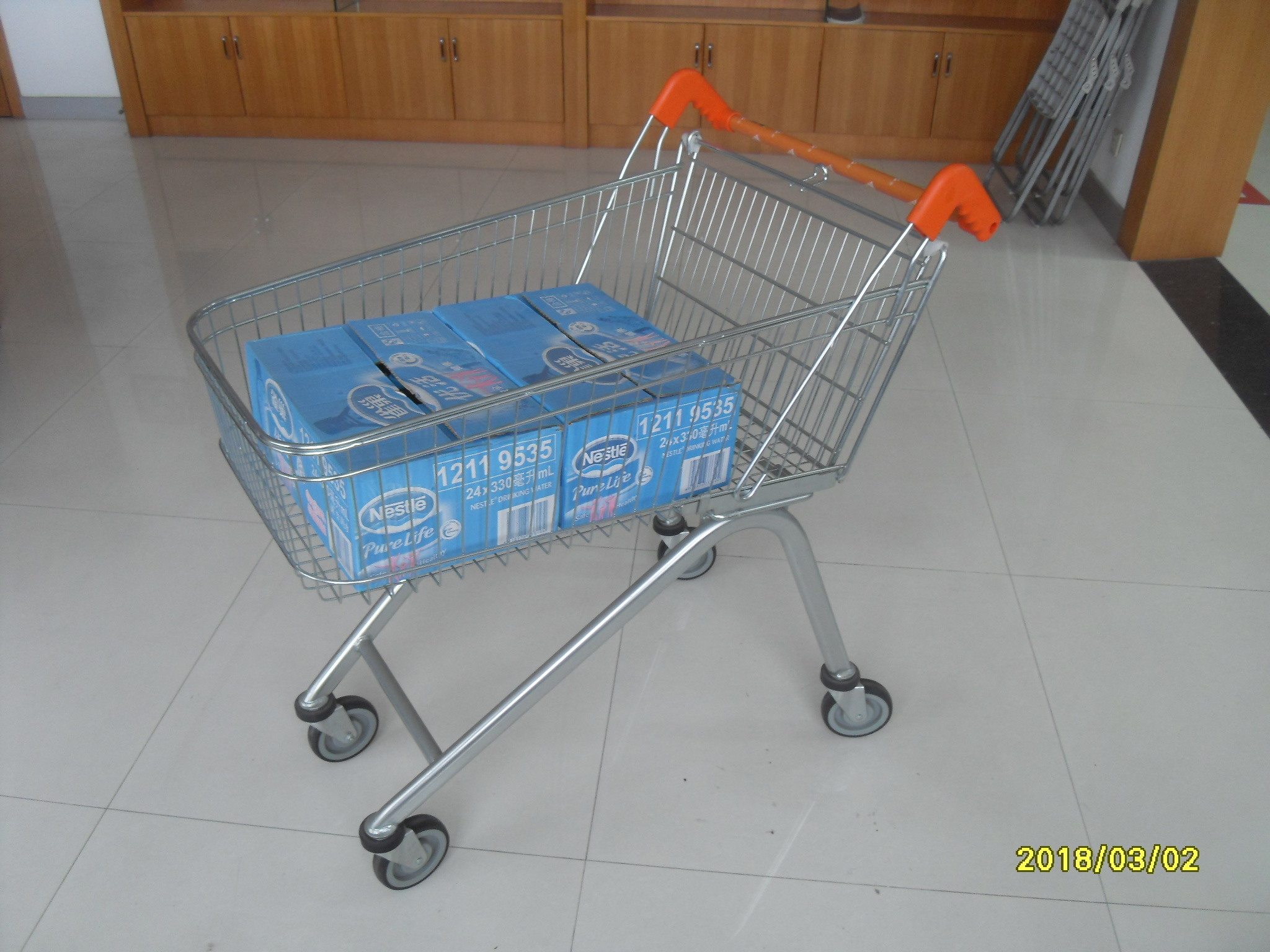 Low Carbon Zinc Plated clear coating Steel UK Shopping Cart 100L